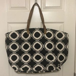 Mud pie black and white beach bag